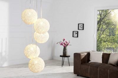 Dizajnová závesná lampa Wrap s piatimi tienidlami biela