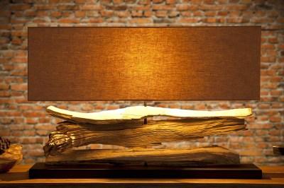 Dizajnová stolná lampa z naplaveného dreva Lake béžová
