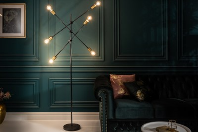 Dizajnová stojanová lampa Walter čierna