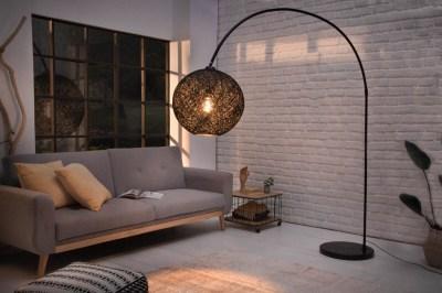 Dizajnová stojanová lampa Omari 205 čierna