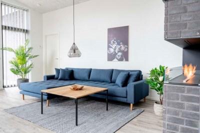 Dizajnový konferenčný stolík Willie 90 cm prírodný dub