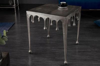 dizajnovy-odkladaci-stolik-gwendolyn-l-50-cm-strieborny-1